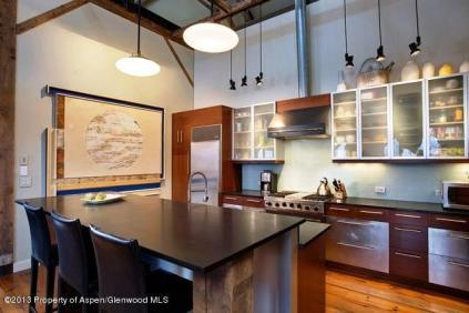 Art House Basalt, Kitchen